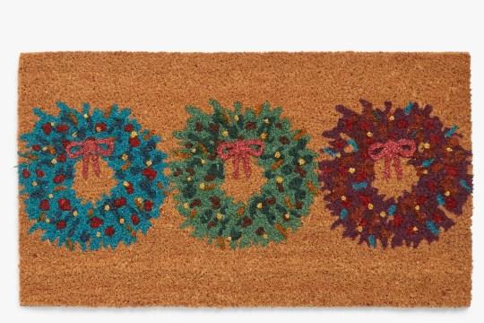 Wreath trio Christmas door mat,