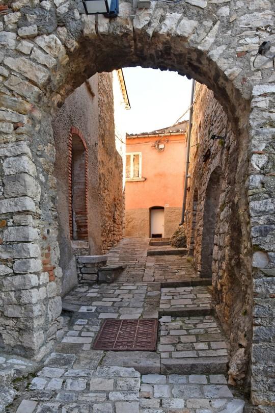 A medieval arch in Castropignano
