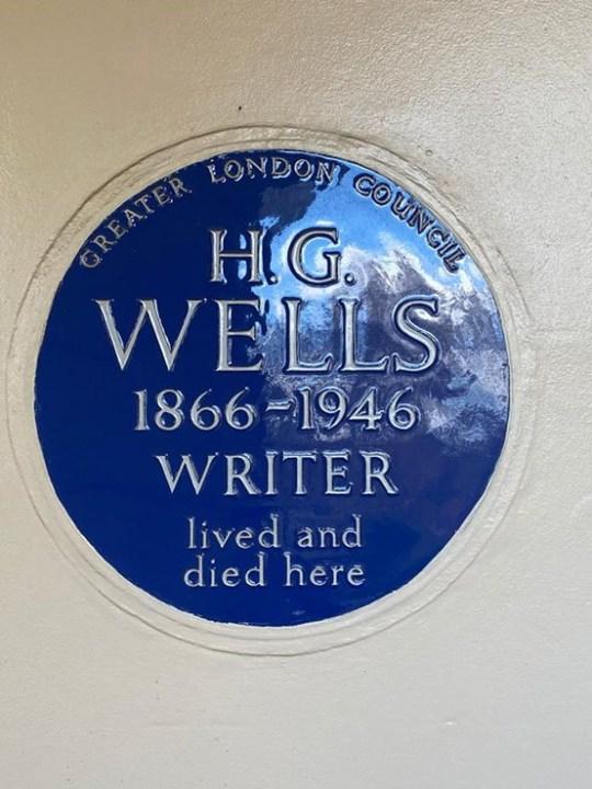 HG Wells plaque