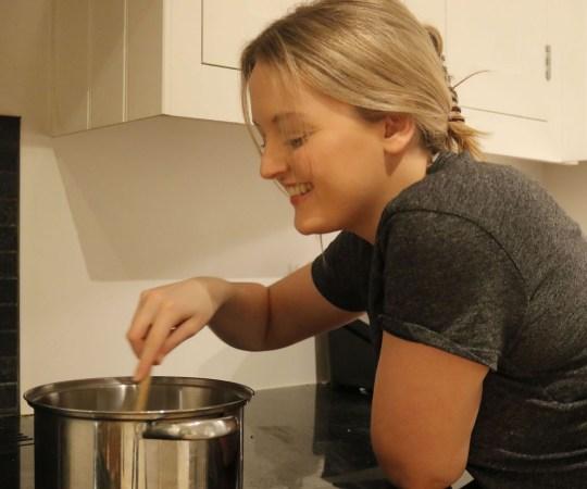 Chelsie stirring food