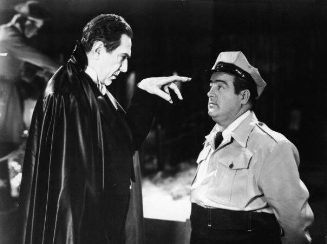 Bela Lugosi and Lou Costello In 'Abbott and Costello Meet Frankenstein'