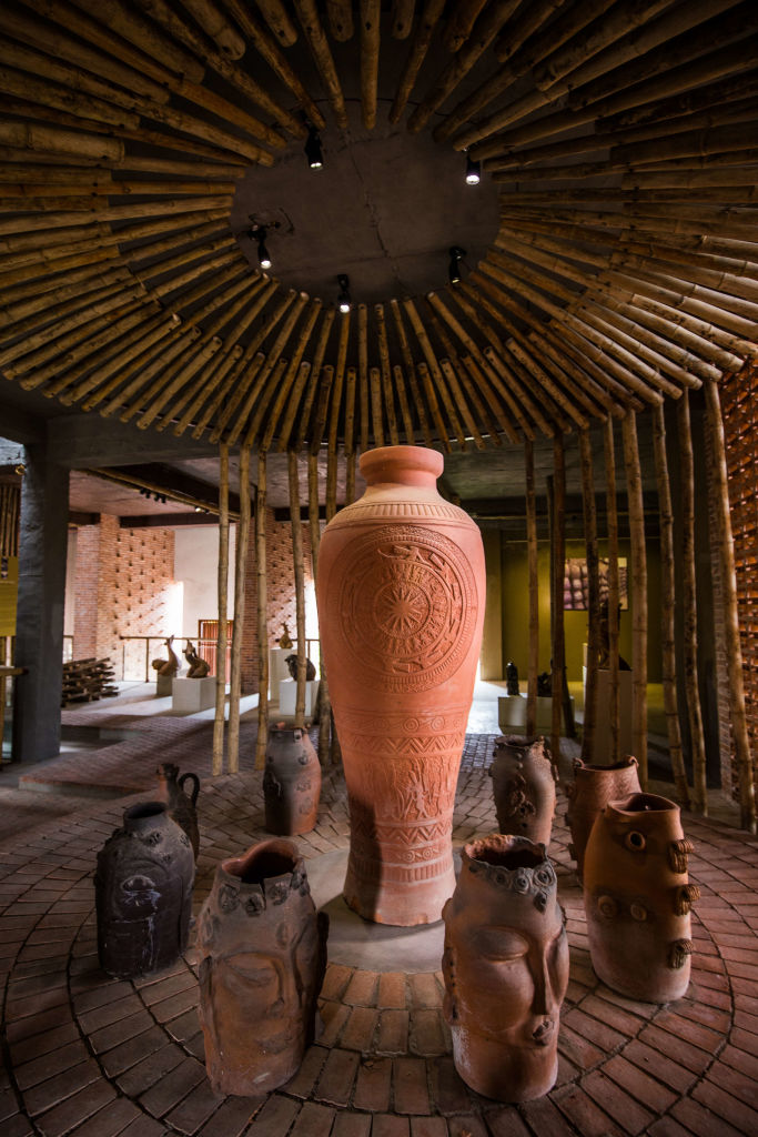 the Thanh Ha Pottery Village