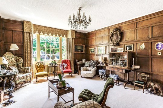 the living room in the house once owned by Mary Shelley's rich uncle-in-law