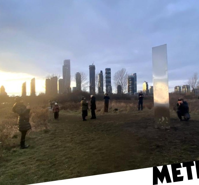 Mystery monolith makes surprise appearance in Toronto on New Year's Eve