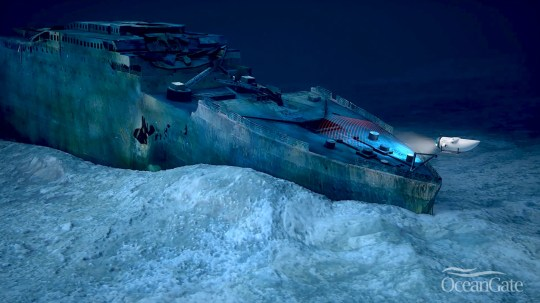 OceanGate Submarine viewing the wreck of the Titanic