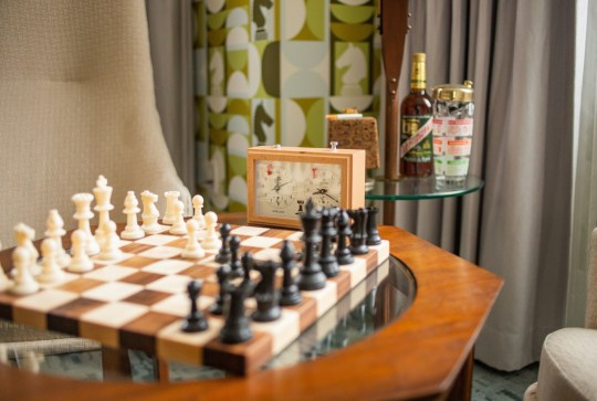 Chess set in Queen's Gambit inspired hotel room
