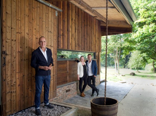 Kevin McCloud and couple Greg and Georgie in Grand Designs