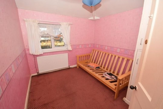 3 bed terraced house for sale Sissons Crescent, Leeds LS10 - pink bedroom