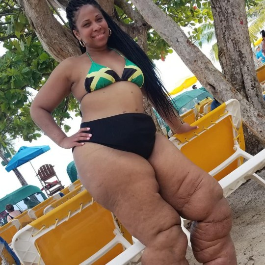 monique samuels on the beach