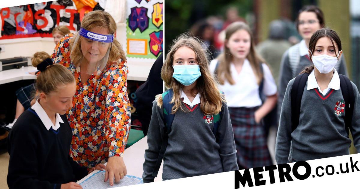 Heads plan to vaccinate 1,000,000 teachers in just one week - metro
