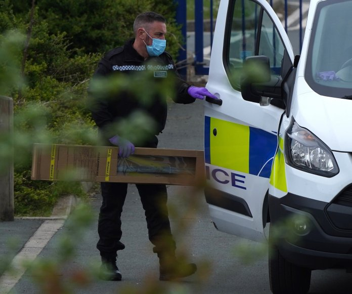 BGUK_2125753 - Berwick Hills, UK - ** Strictly Mail-Free Online Use via BackGrid ** Berwick Hills Primary School, Middlesbrough - Locked down after a machete attack that spread through the school yard during the morning school run.  A relative was stabbed and injured after attempting to attack with the knife.  The crime scene officer is pictured with a large weapon used in the attack.  It is believed that more than one person was involved and that this was an incident that spilled over into the school's playground.  Armed policemen stay in school with scenes of criminal agents.  Pictured: GV: Berwick Hills Primary School BACKGRID UK MAY 14, 2021 BYLINE MUST READ: TERRY BLACKBURN / BACKGRID UK: +44208344 2007 / uksales@backgrid.com USA: +1 310 798 9111 / usasales@backgrid.com * UK Customers - Pictures containing children Please pixelate the face before posting *