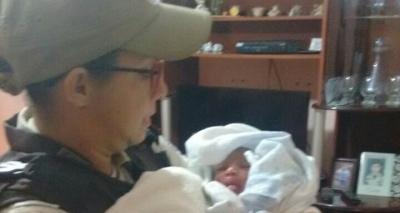 Recém-nascida é encontrada dentro de caixa de papelão em Jacobina