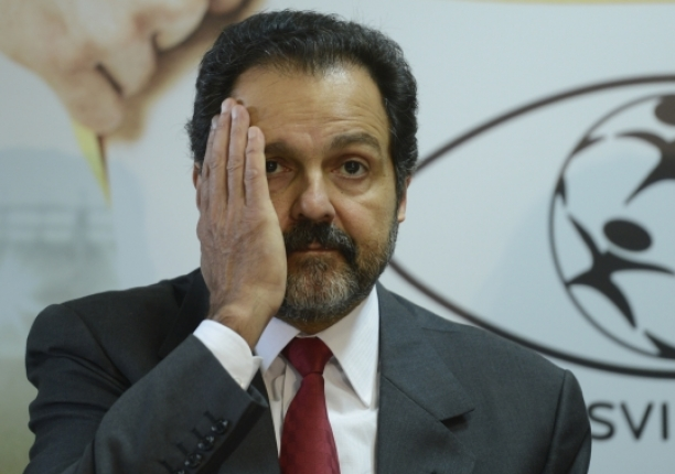 Polícia Federal cumpre mandados de prisão contra ex-governadores do DF