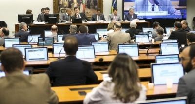 Resultado de imagem para Governo liberou R$ 134 milhões em emendas a deputados pró-Temer, diz ONG