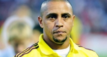 Ex-lateral da seleção, Roberto Carlos tem prisão decretada