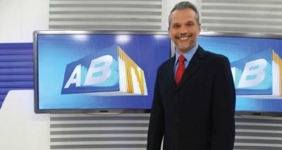 Apresentador da Globo é vítima de bala perdida após deixar emissora em Pernambuco