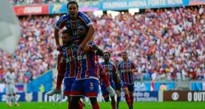 Com gols só no segundo tempo, Bahia bate o Vitória por 2 a 1 na Fonte Nova