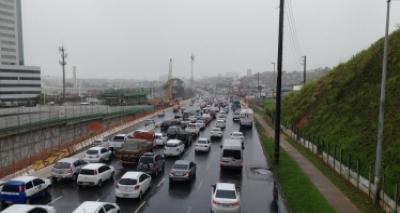 Chuvas devem permanecer em Salvador até a próxima quinta; previsão
