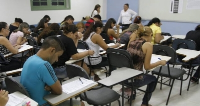 Policlínica de Feira tem vagas para médico, enfermeiros e outras áreas