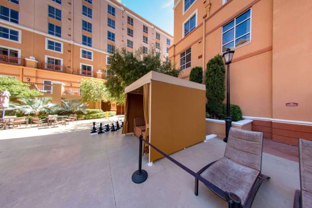 Custom Cabanas at Wyndham Hotel Las Vegas - Cabanas Designed by Metro Awnings