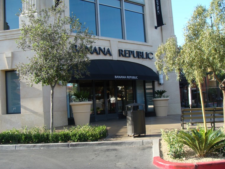 Commercial Awning Banana Republic