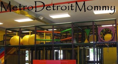 FuntasticPlay Center inWoodhaven is an indoor playcenter for children up to the age of 8 years old. FuntasticPlay Center offers two different types of play areas.