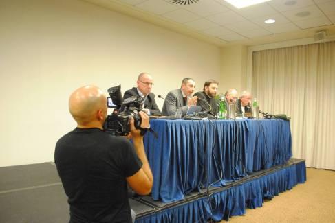 Arcivescovo Ortodosso Avondios conferenza
