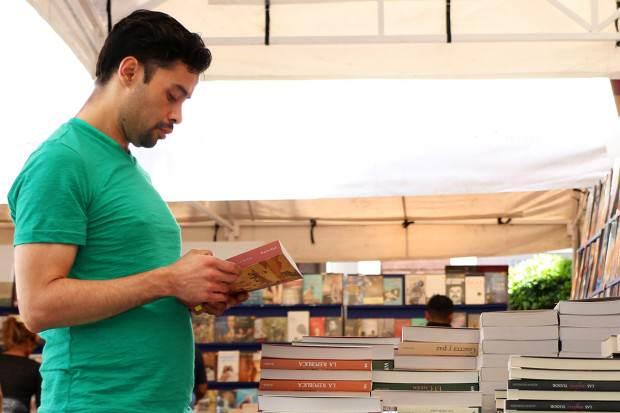 18Mar14 Gran Afluencia Feria Libro 3