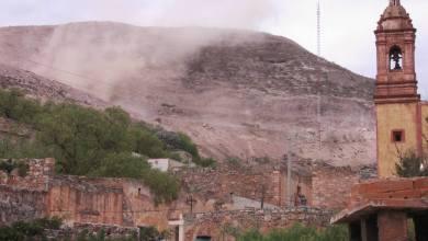 Photo of Explosiones de Minera arrojan rocas al pueblo del Cerro de San Pedro
