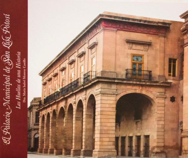 PRESENTACION LIBRO EL PALACIO MUNICIPAL DE SLP IMG_3858 (3)