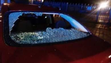 Photo of Taxistas agreden a choferes de Uber , destruyen vehículos y les roban