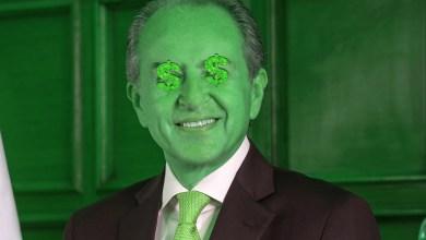 Photo of Así es como Juan Manuel Carreras reparte el dinero de los potosinos a sus amigos
