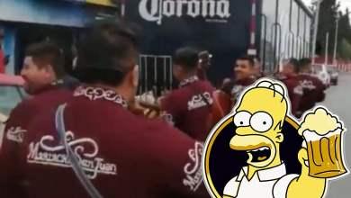 Photo of Con mariachi reciben camión de cerveza en Saltillo