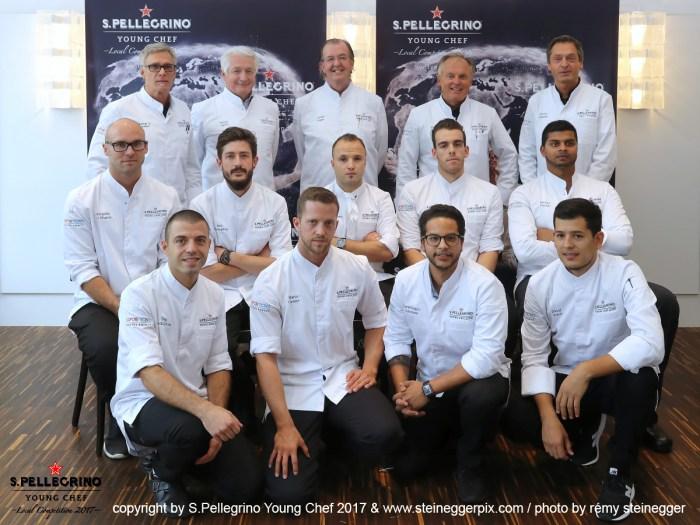 Die Juroren mit den 9 Semifinalisten des Young Chef Awards