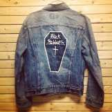 Vintage BLACK SABBATH painted denim jacket we recently got in store. This one will NOT last! #metropolis #metropolisvintage #metropolisnycvintage #blacksabbath #ozzy #ozzyosbourne #dio #heavymetal