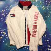 What's that you say? You want more Tommy Hilfiger? Well, have a look at this vintage Tommy windbreaker we've got in stock. Size Large #metropolis #metropolisnycvintage #metropolisvintage #tommyhilfigerforsale #tommyhilfiger