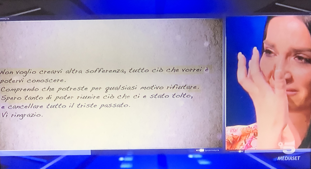 """Serena riceve una lettera dal fratello Gaetano - Photo Credit: www.grandefratello.mediaset.it"" grande fratello 16"