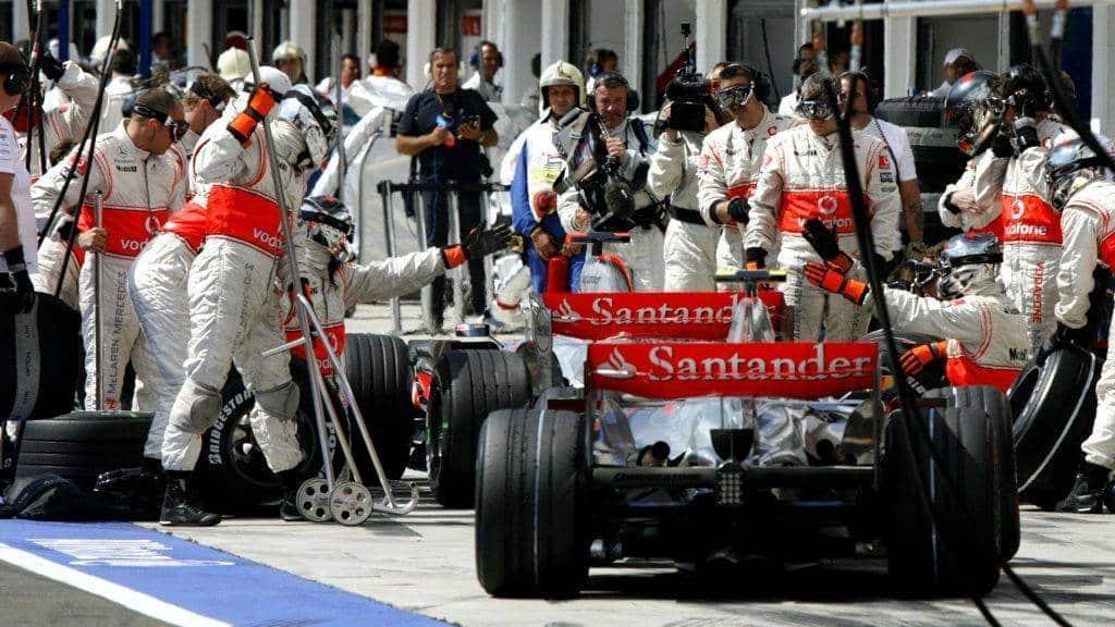 Hamilton e Alonso: la grande guerra del 2007 - Metropolitan Magazine