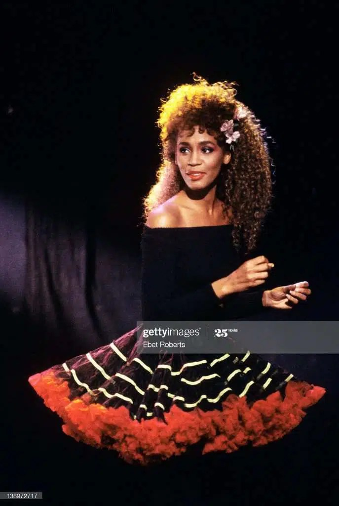 Whitney Houston nel video di I Wanna Dance With Somebody (Who Loves Me) - Ph: Getty Images