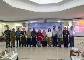 Foto bersama usai Kaloborasi Pusat dan Daerah Dalam Penguatan Pelayanan Kesehatan Menuju Cakupan Semesta