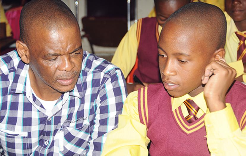 Premier pledges extra classrooms for farm school