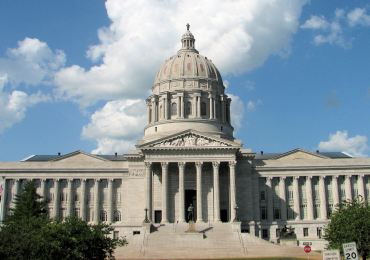 Missouri senators OK new redistricting proposal
