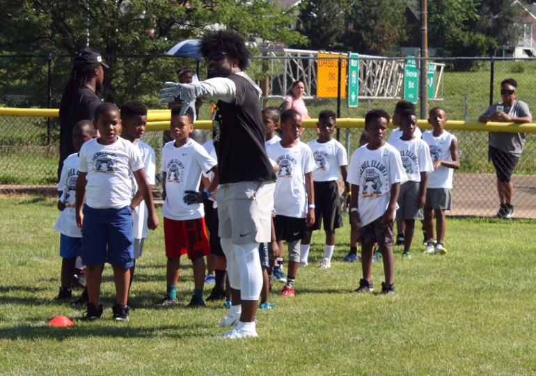 "Ezekiel Elliott's football camp at Mathews-Dickey is ""a special day"""