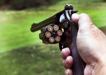 Bill would keep handguns out of the hands of minors