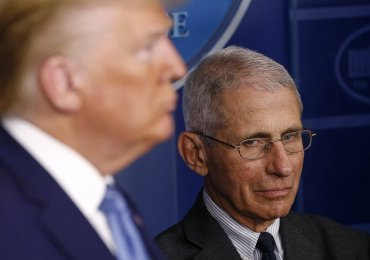 Trump goes after Fauci, tries to buck up campaign team