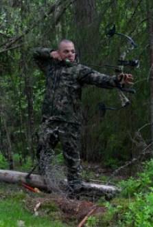 Optifade häivyttää metsästäjän liikkeet taustaan