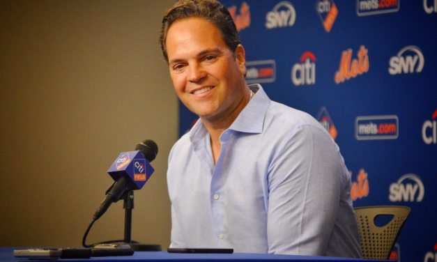 Mike Piazza Talks About His Connection with Mets Fans