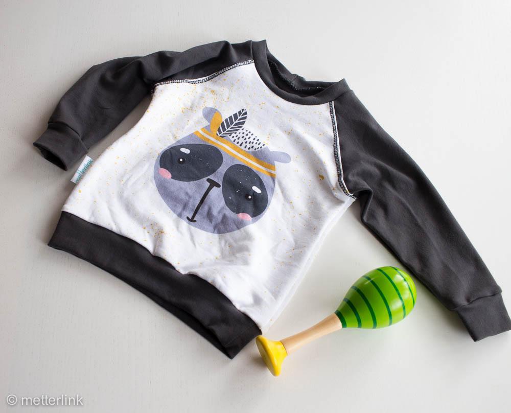 metterlink näht: Sweatshirt von Misusu Patterns aus Resten und Paneel für das Kleinkind
