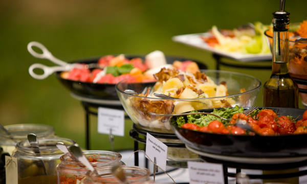 dining management with enticing options
