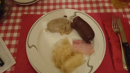 Metzgete-Buffet auf der Spargelfarm, Ramsen